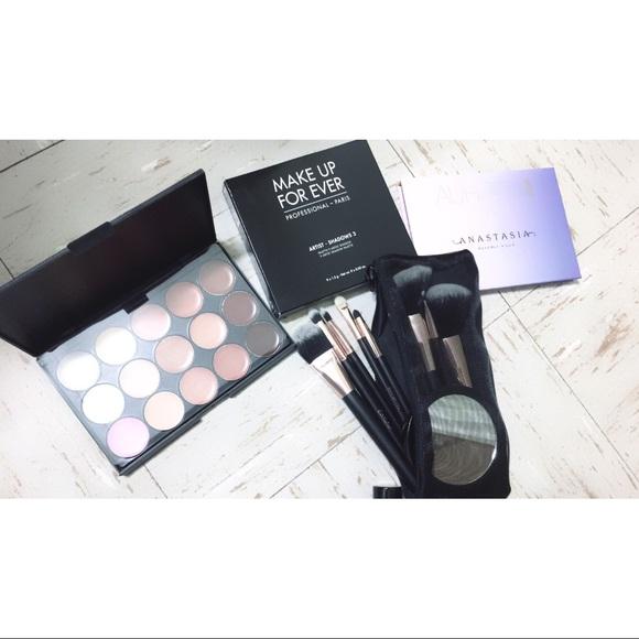 Makeup Bundle ❄️